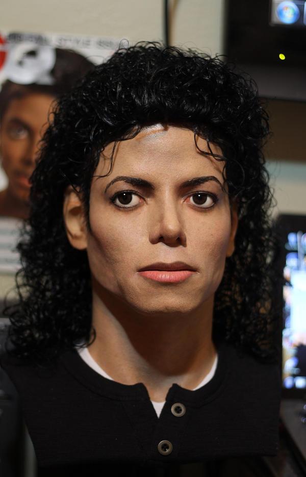 http://fc09.deviantart.net/fs70/i/2012/304/7/3/who__s_bad__michael_jackson_lifesize_bust_complete__by_godaiking-d5jikc5.jpg