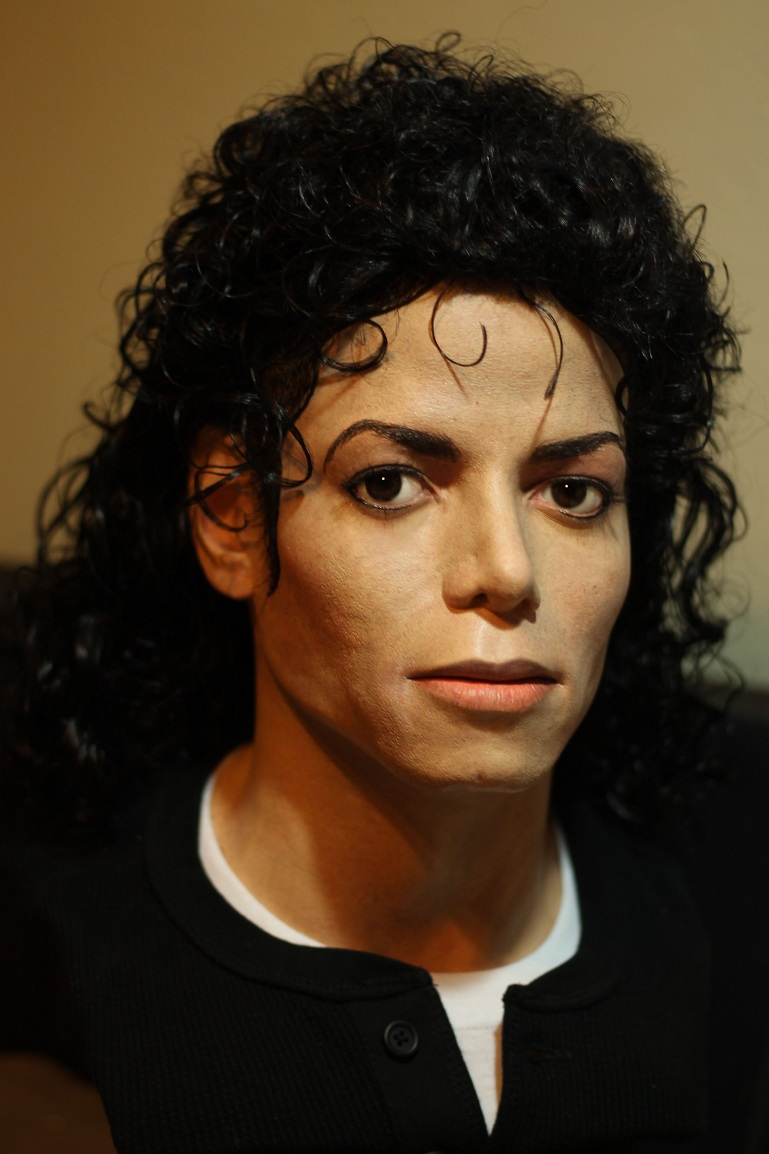 Browsing Michael Jackson on deviantART