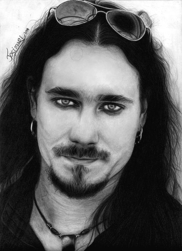 http://fc01.deviantart.net/fs30/i/2008/091/0/c/Tuomas_Holopainen_II_by_Esteljf.jpg