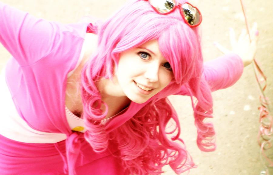 Pinkie Pie cosplay by Tenori-Tiger