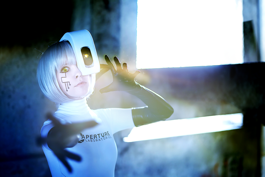 GLaDOS cosplay Portal Aperture by Tenori-Tiger