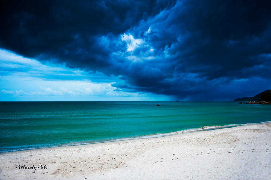 Storm In Paradise by PictureByPali