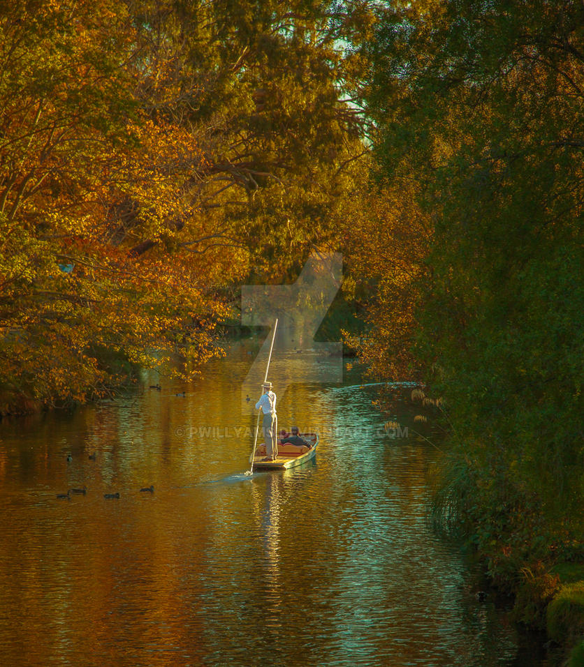 Autumn Punt on the Avon by pwillyams