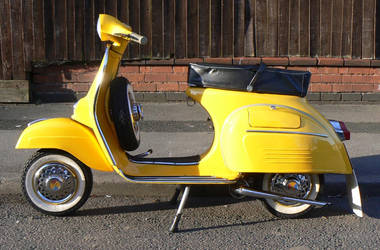vespa super 1966 by amoebabloke