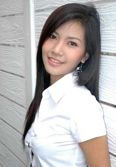 university asian girl personals For those of asian descent looking for a date, love, or just connecting online, there's sure to be a site here for you while most don't offer as many features as the most widely-known top dating sites, all seven sites focus entirely on people in asia or those who want to date someone asian .