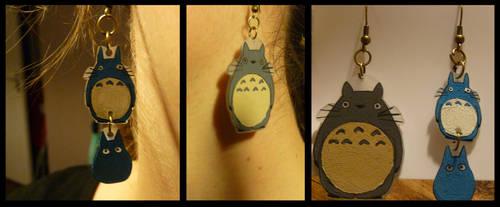 Totoro earrings by charlinedrice