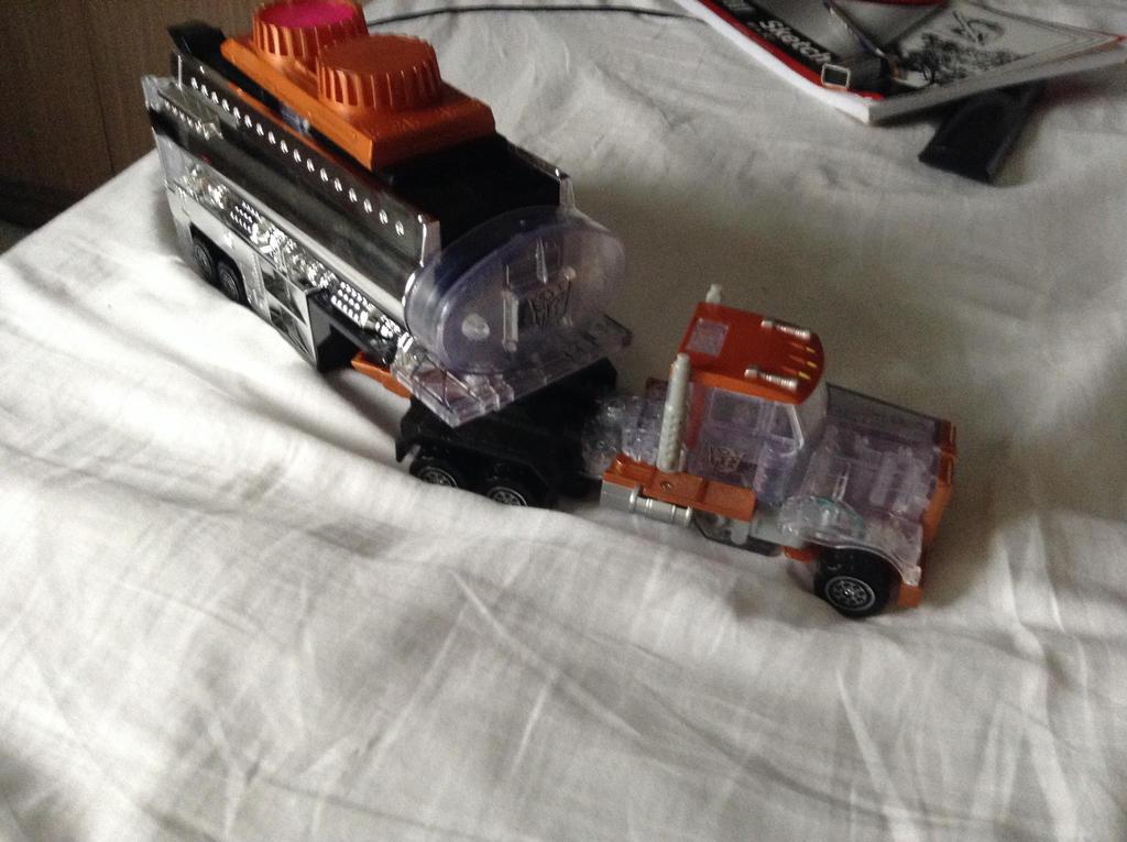 Ghost truck by warriorsofskaro1010