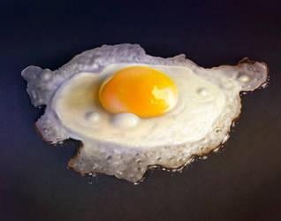 Fried Egg by AaronRutten