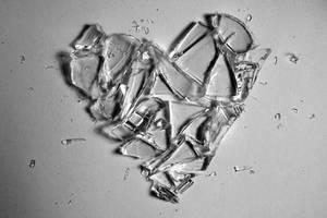 Glass: Lucent Heart by Raingarden