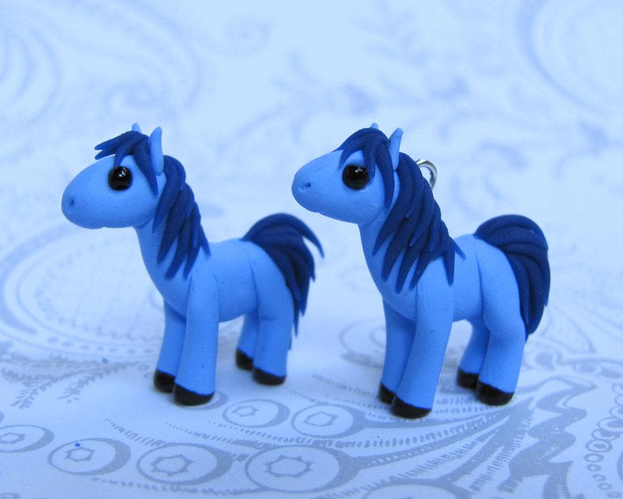 2 Little Horses by DragonsAndBeasties