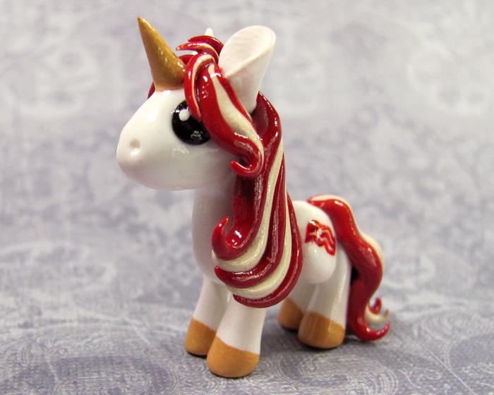 Sizzle the Bacon Pony by DragonsAndBeasties