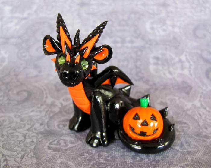 Jack-o-lantern Dragon by DragonsAndBeasties