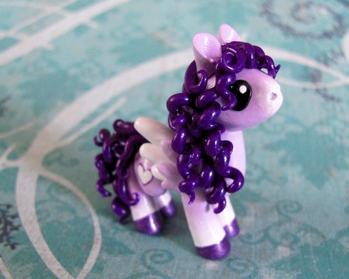 Violet by DragonsAndBeasties