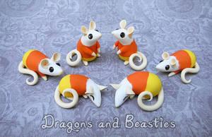 Sculptober: Candy by DragonsAndBeasties