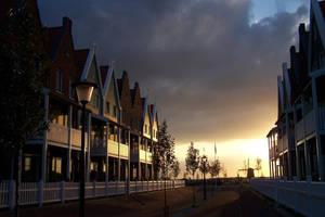 sunset at Volendam by killerbeechris