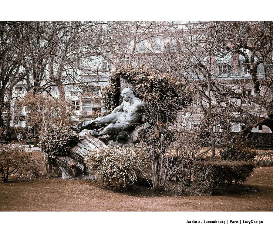 Jardin du luxembourg 03 by levydesign on deviantart for Art du jardin zbinden sa