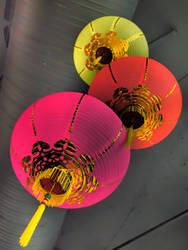 Cascading Lanterns by EmoFlask