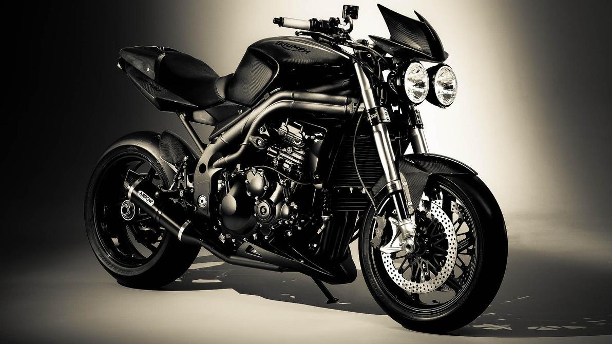 Triumph Speed Triple Vs Ducati Monster