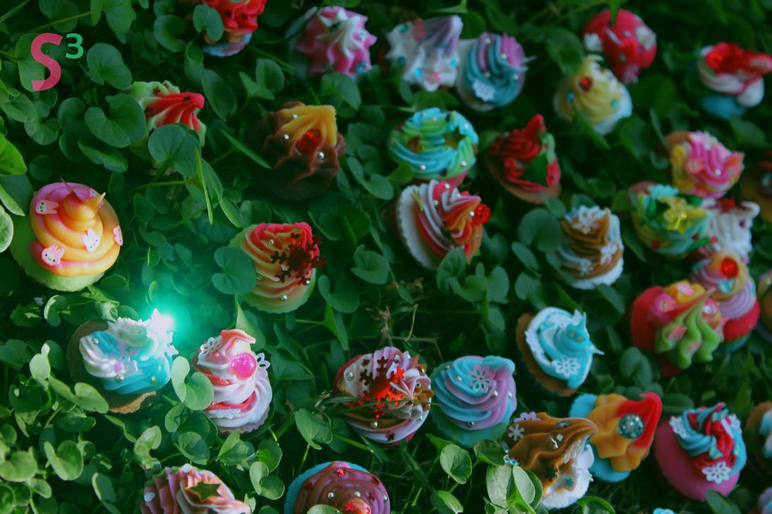 Cupcake blossom by Gaeldgleet