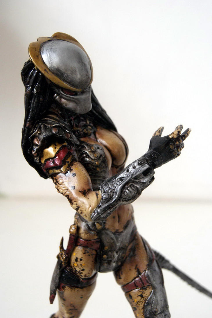 Female Predator by JokerZombie