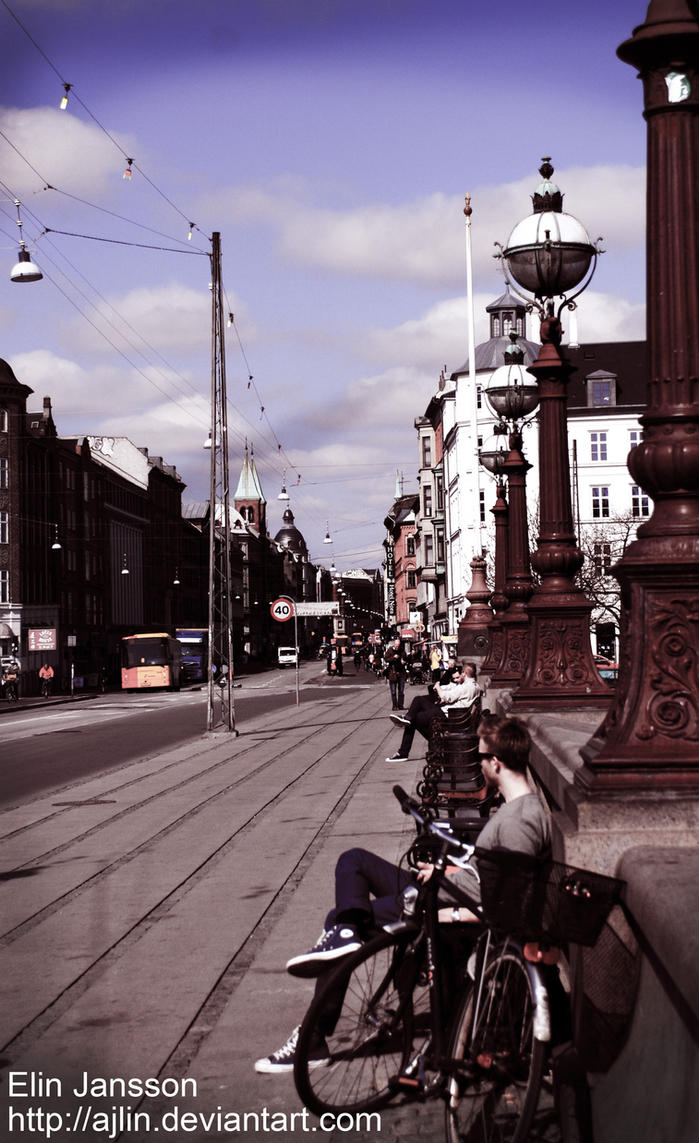Urban life by Ajlin