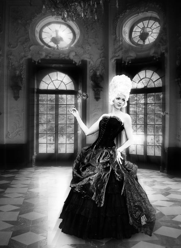 In the ballroom by HeroinForMyHeroine