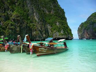 Patrick Mahony : Phi Phi Island, Thailand by patrickmahony