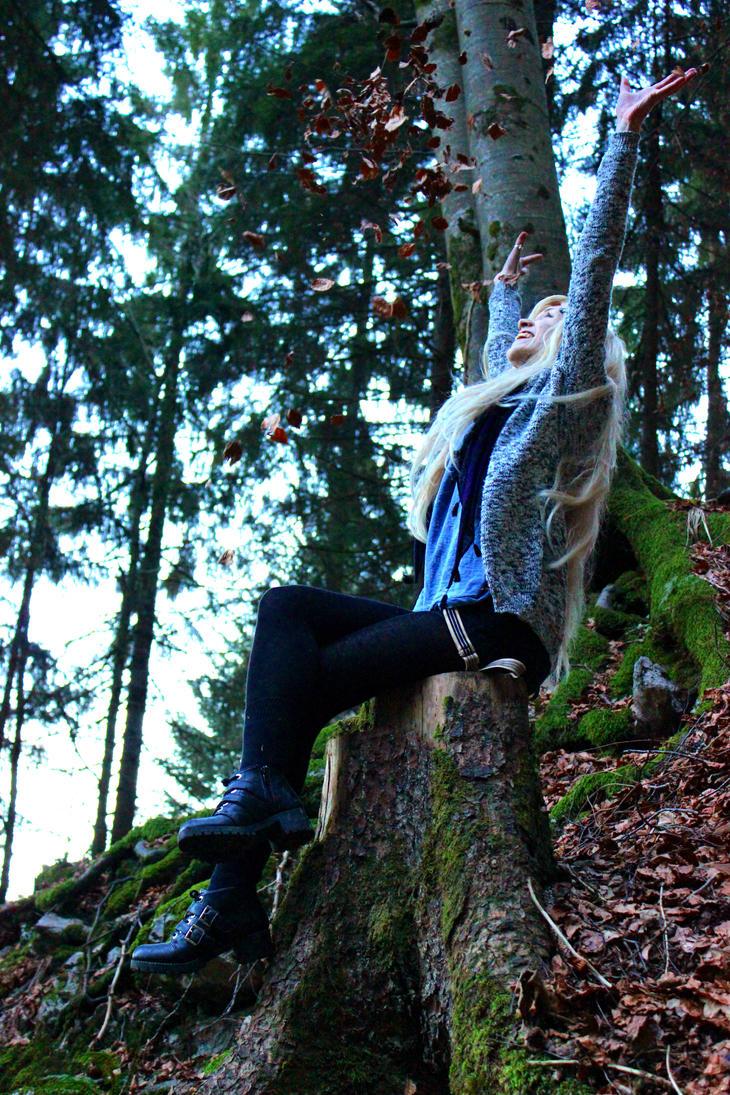 Leaves! by Moerderkartoffel