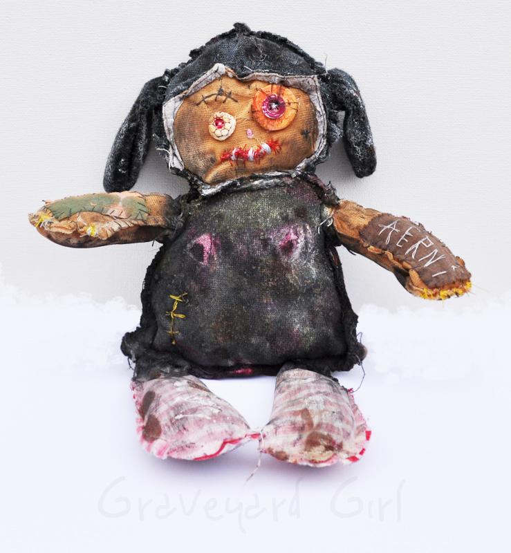 Graveyard Girl by justinaerni