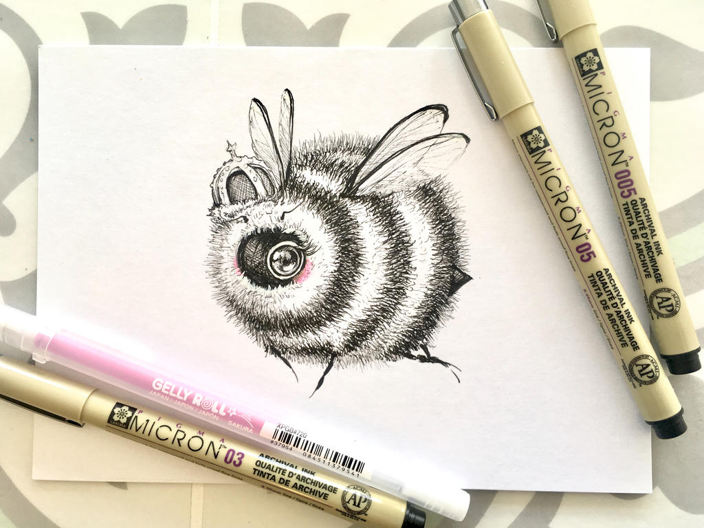 Fuzzy Queen by camilladerrico
