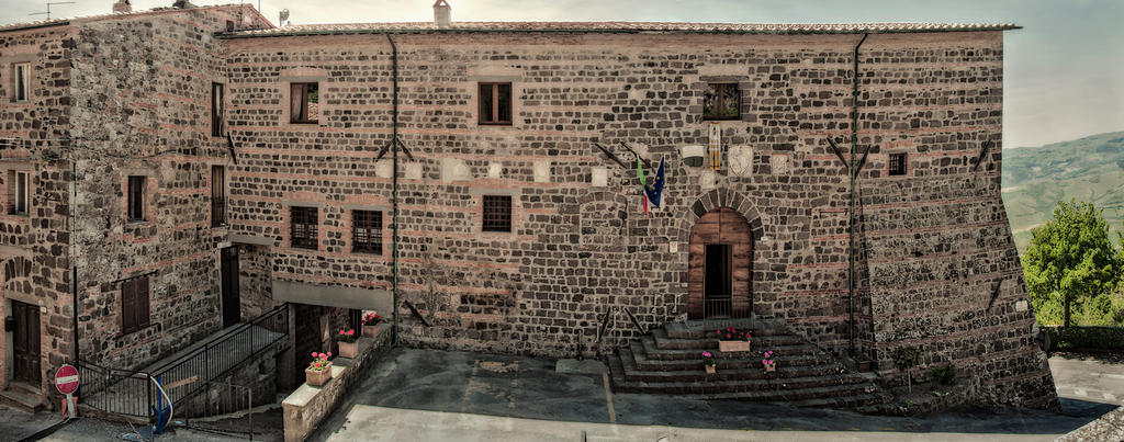 Palazzo Pretorio by BelPaolo