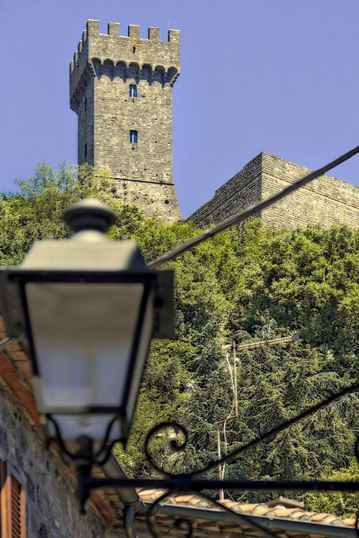 Rocca di Radicofani by BelPaolo