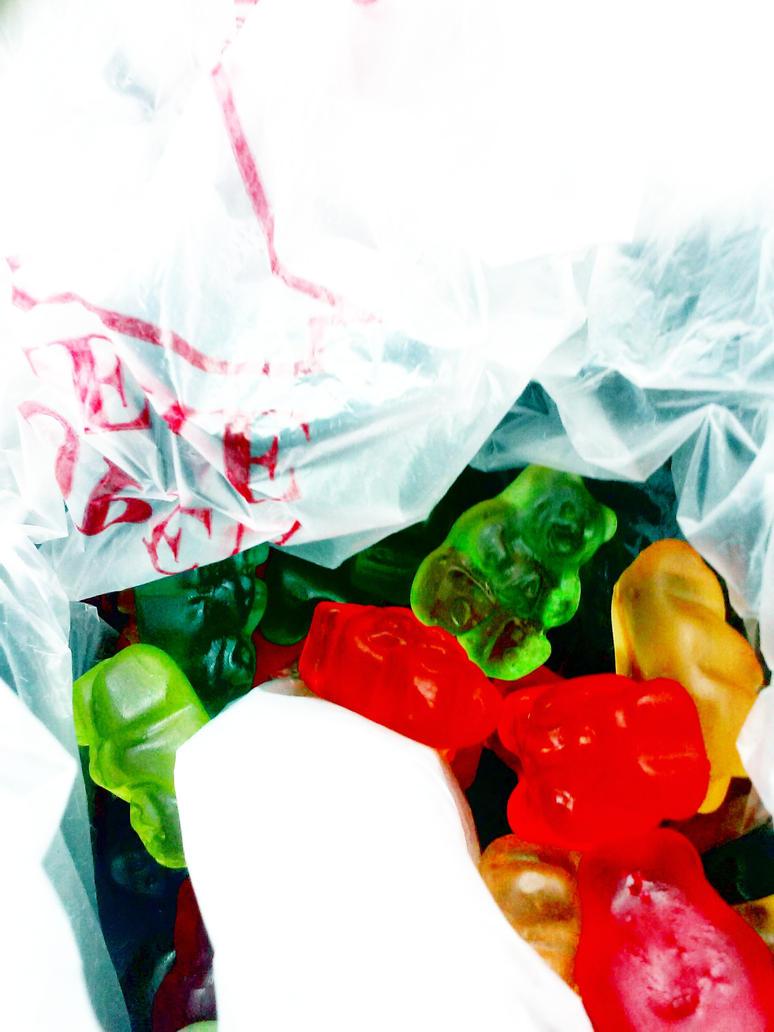 Gummy Gummy Gummmmmy!!! by Blockula105