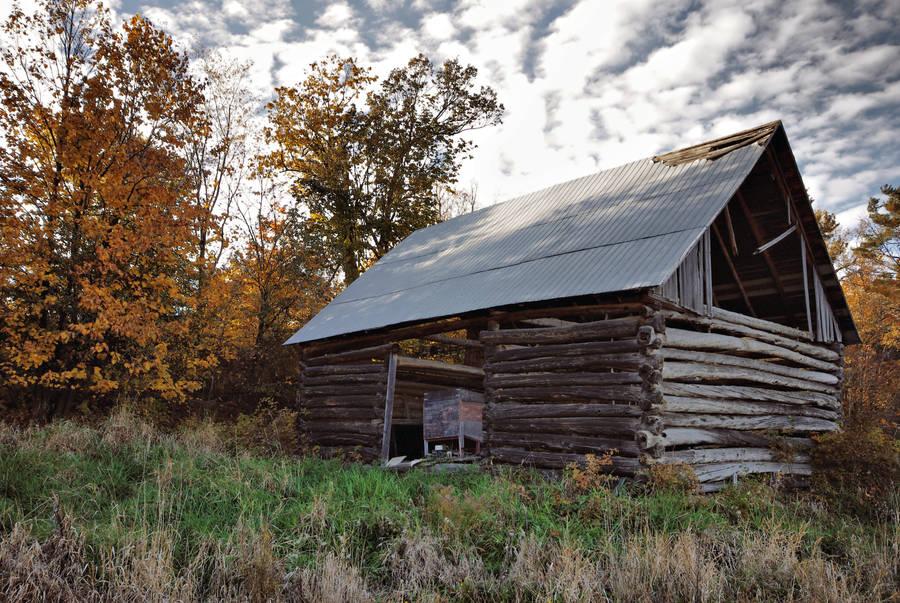 Log Barn by jasonwilde