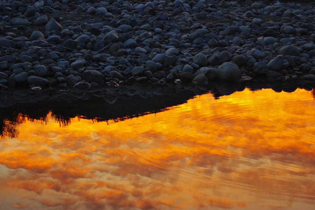Fire in the water by jasonwilde