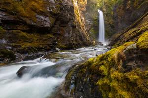 Canyon Wells by jasonwilde