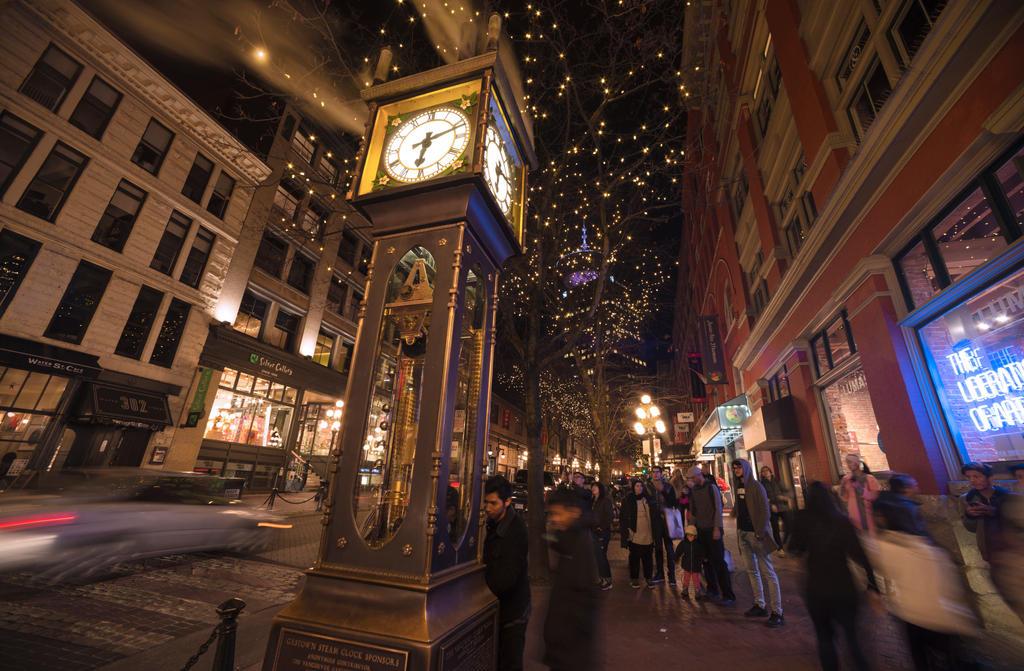Steam Clock by jasonwilde
