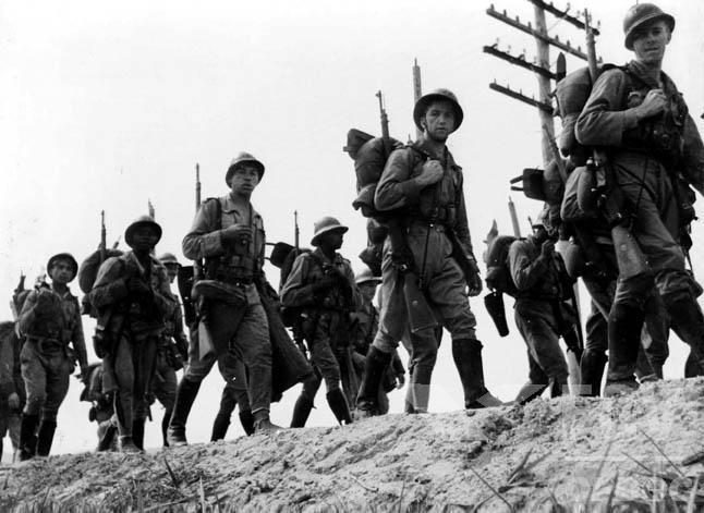 Guerre civile espagnole [Victoire Républicaine] Dbj9s2u-ea0bd94f-be8a-4e38-bd75-46956f45b502.jpg?token=eyJ0eXAiOiJKV1QiLCJhbGciOiJIUzI1NiJ9.eyJzdWIiOiJ1cm46YXBwOjdlMGQxODg5ODIyNjQzNzNhNWYwZDQxNWVhMGQyNmUwIiwiaXNzIjoidXJuOmFwcDo3ZTBkMTg4OTgyMjY0MzczYTVmMGQ0MTVlYTBkMjZlMCIsIm9iaiI6W1t7InBhdGgiOiJcL2ZcLzQ1YjU5NzQxLTI2OTQtNDRjOC04YTdjLWU1ZTA1ZWRjNDZlMVwvZGJqOXMydS1lYTBiZDk0Zi1iZThhLTRlMzgtYmQ3NS00Njk1NmY0NWI1MDIuanBnIn1dXSwiYXVkIjpbInVybjpzZXJ2aWNlOmZpbGUuZG93bmxvYWQiXX0
