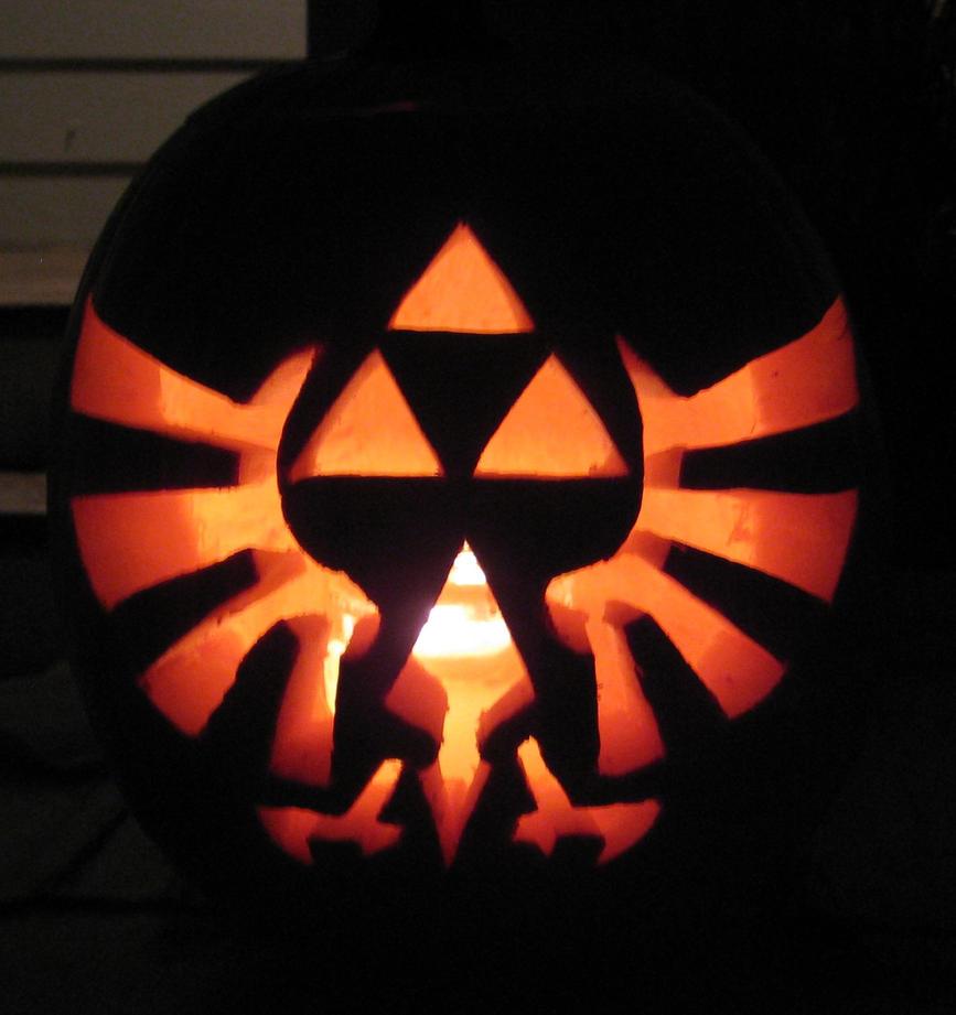 Triforce Pumpkin by ladybug95
