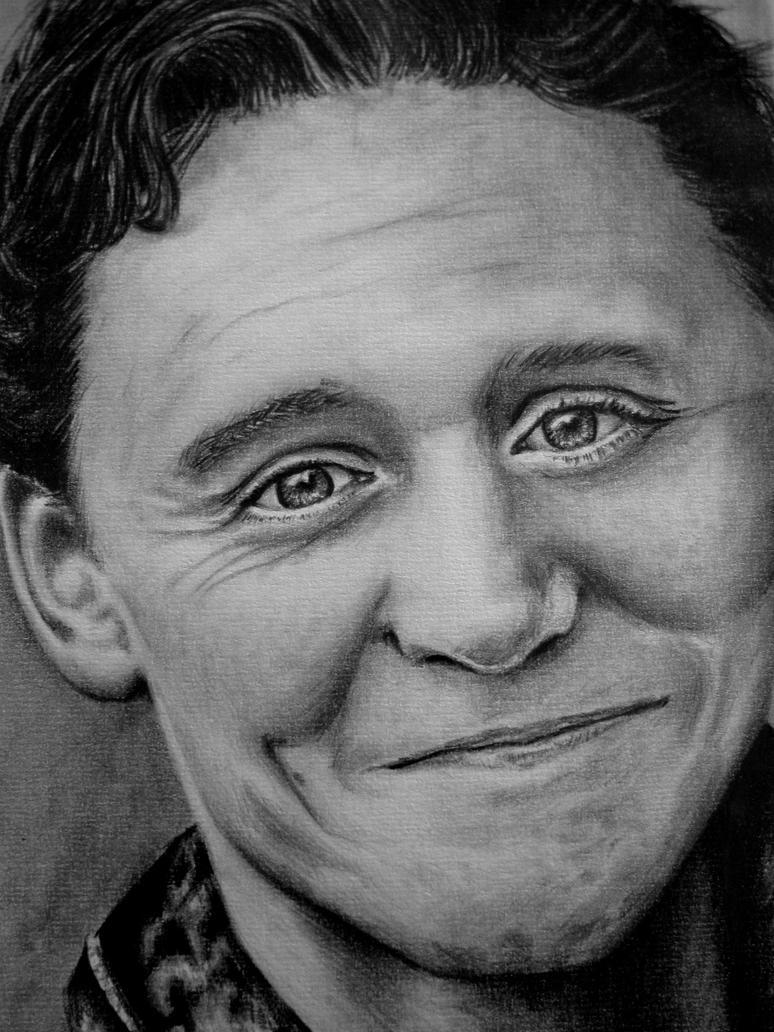 Another Tom Hiddleston :D by Montieze