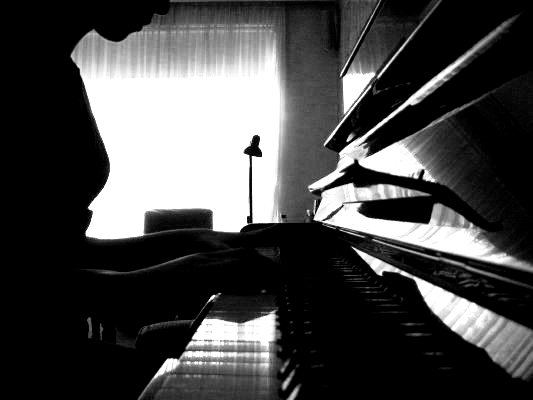 Florence and the Machine - Page 2 The_Piano_by_PropertyOfTheFunk