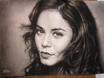 Portrait: Vanessa Hudgens by leemarej