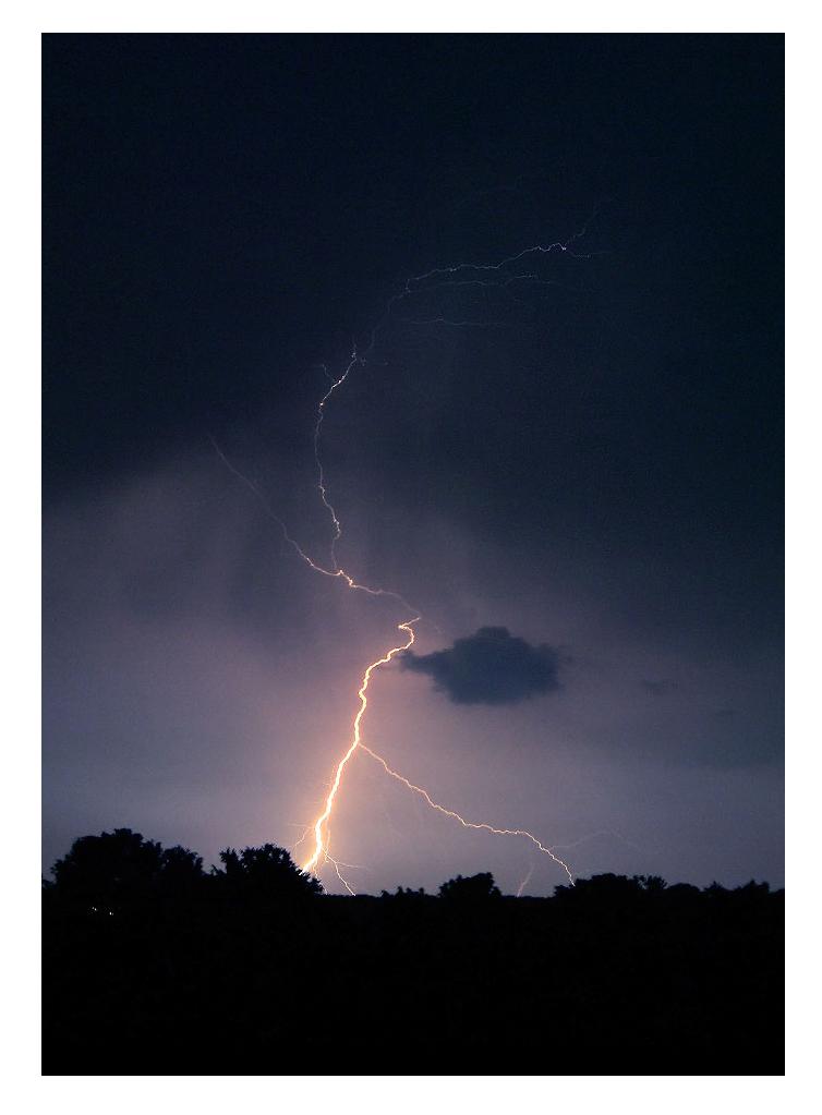 Lightning bolt by dustdevil