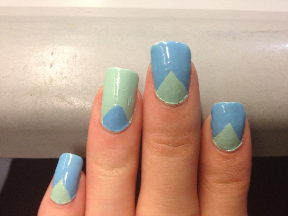 green and blue nail art by me-and-jd on DeviantArt
