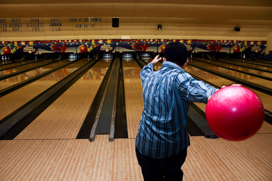 bowling by jonschwadron