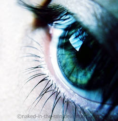 Los ojos verde by naked-in-the-rain