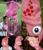 Squid Hat by grimmhooke