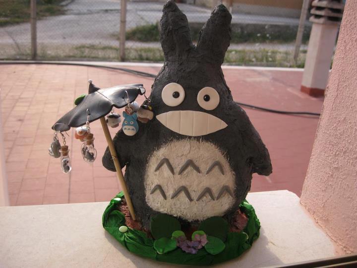 Totoro Earring Rail by tivibi