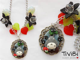 My neighbor Totoro by tivibi
