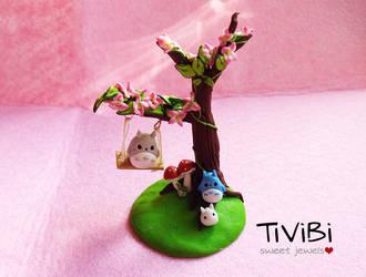 Totoro Tree by tivibi